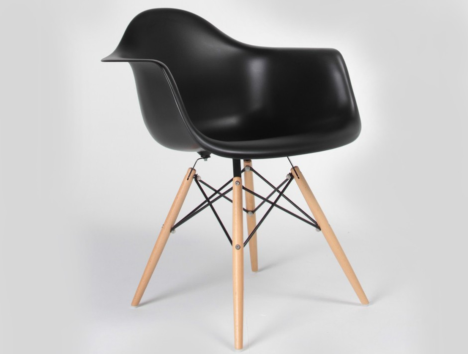DAW Eames Style Dining Chairs
